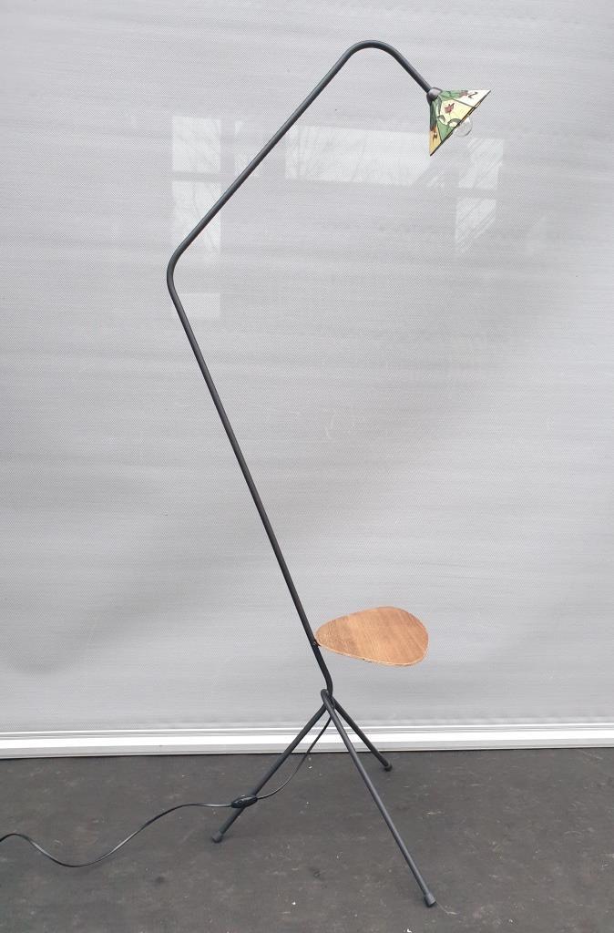 Lampadaire tripode china girl ombrelle verre cloisonné -  250 euros