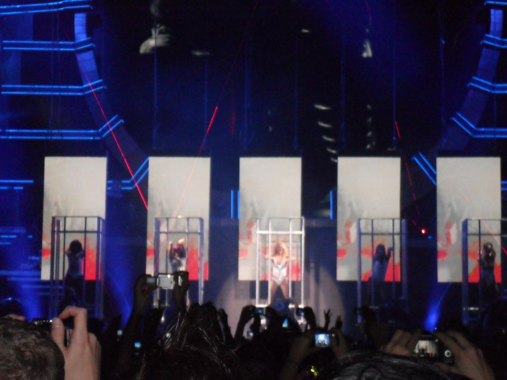 "Concert: BRITNEY SPEARS ""The Femme Fatale Tour"""