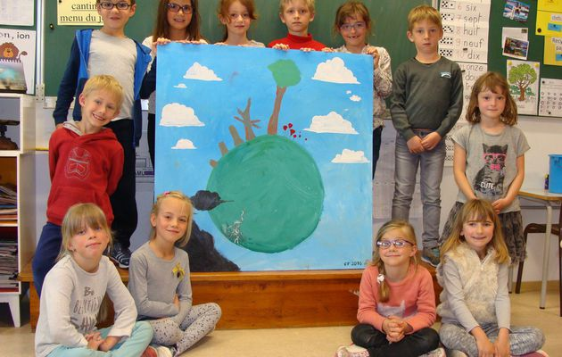 La classe des CP reçoit un illustrateur de livres