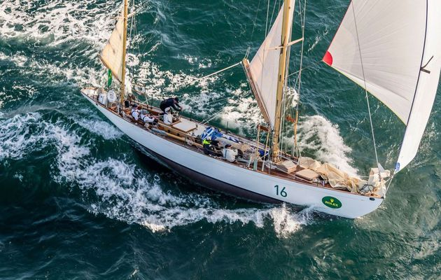 Dorade Takes Second in its Divisions at Rolex Sydney Hobart