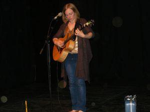 Eskélina en 2013 dans la Grange Crédit photos Christine Dufour