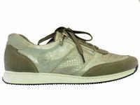 Zoom sur les baskets RIEKER : chaussures femme RIEKER à Paris