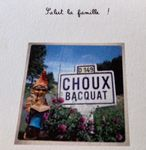 Le nain de jardin qui envoie des cartes postales à sa propriétaire