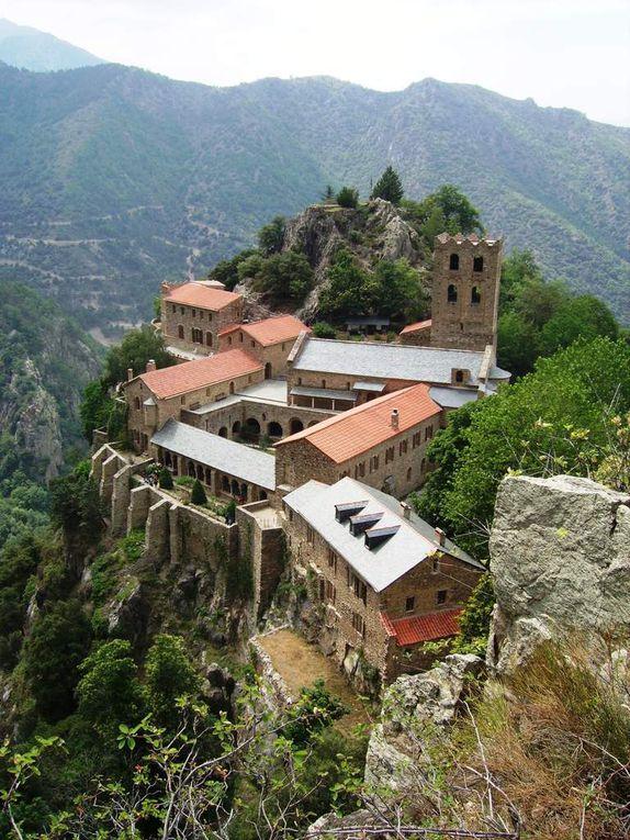 Abbaye de Saint Martin du Canigou (Casteil, 66)
