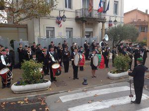 La Musique des Amis Réunis le 29 novembre à la messe. L'A.A.M.L.E devant la mairie le 21 novembre.