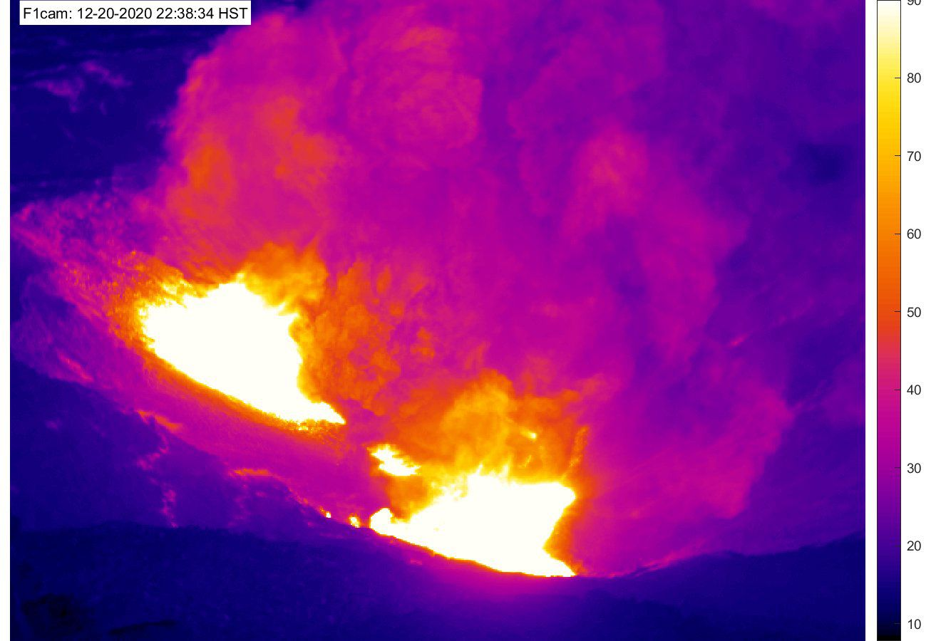 Kilauea - Halema'uma'u crater thermal camera 12/20/2020 / 10:38 p.m. HST (top image) and 12/21/2020 / 12:38 a.m. HST (bottom image) - USGS - HVO