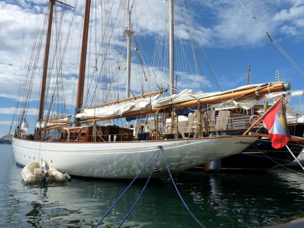 NOELANI , dans le port de Toulon le 07 octobre 2013