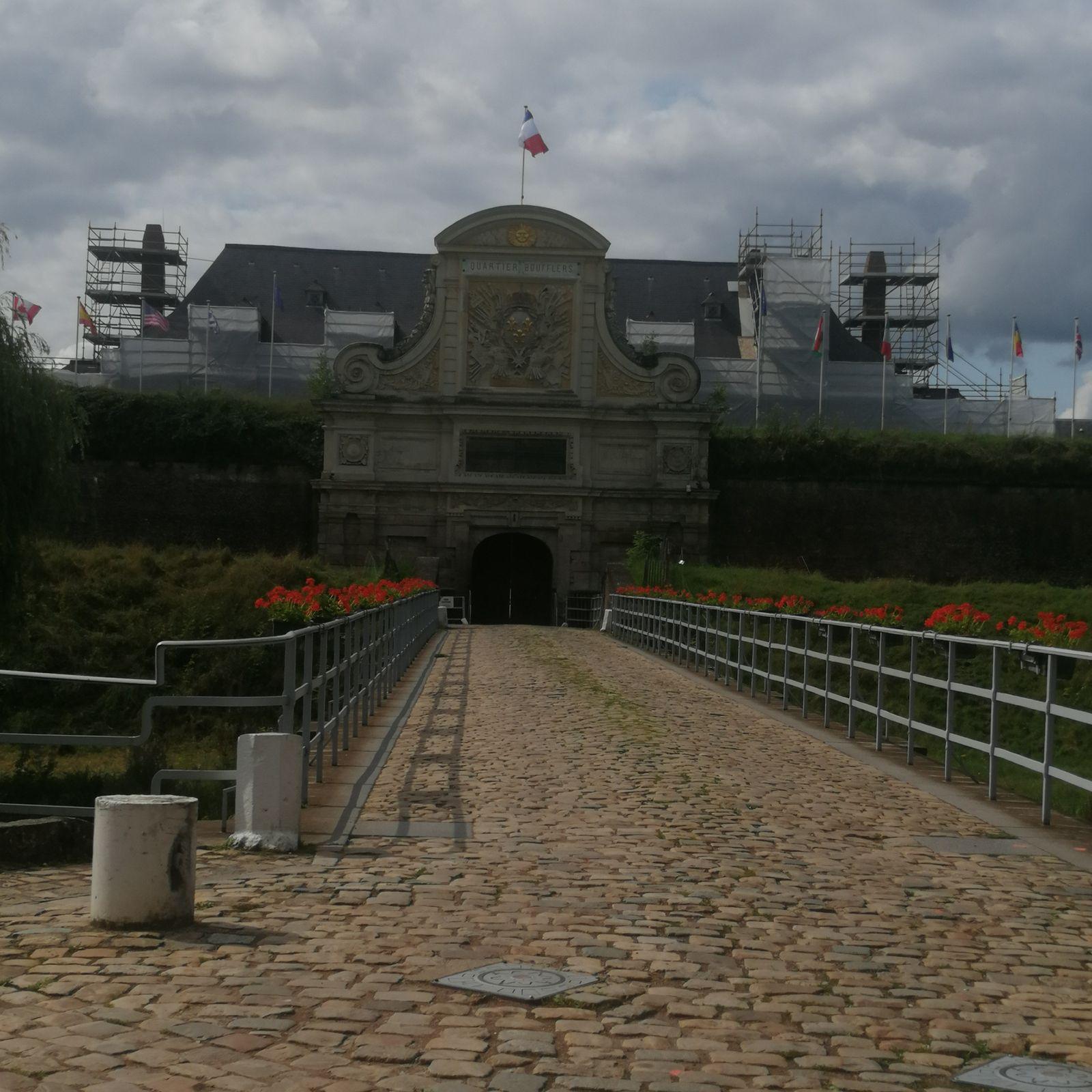 Frites au Maroilles - balade régionale à la foire aux manèges et à la citadelle de Lille