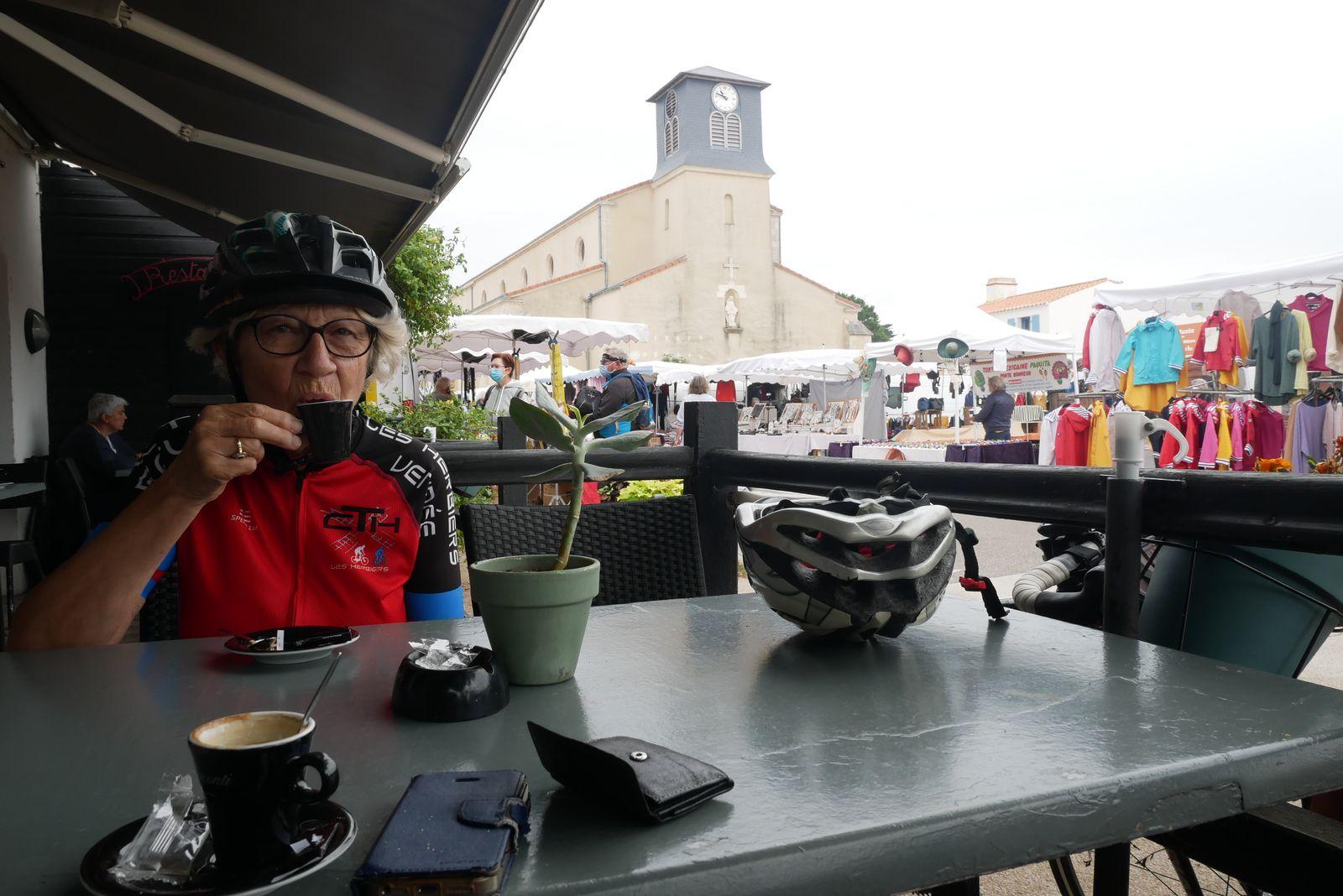 La Guérinière, sur l'île de Noirmoutier. C'est le moment de la pause-café.