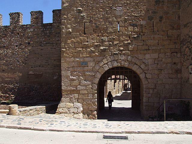 Diaporama château et ville fortifiée de Montblanc