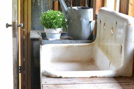 potting shed sink ~~