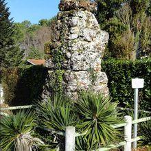 Bornes ou pyramides de la Sauveté, Mimizan (Landes 40) A