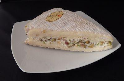 Brie de Meaux farci aux pistaches