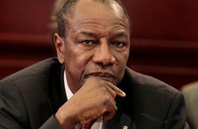 Guinée: Alpha Condé sur la corde raide.