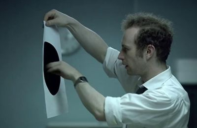 "La liberté de Gygès : ""The black hole""  (Philip Sansom & Olly Williams, 2008)"