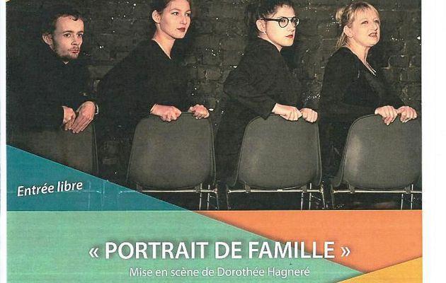 PAROLES D'ADOS...POUR UN *PORTRAIT DE FAMILLE*...C'EST CE SAMEDI AU FAMILIA THÉÂTRE ..