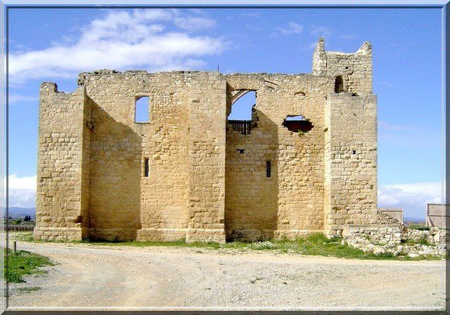 Diaporama grange fortifiée de Fontcalvy à Ouveillan