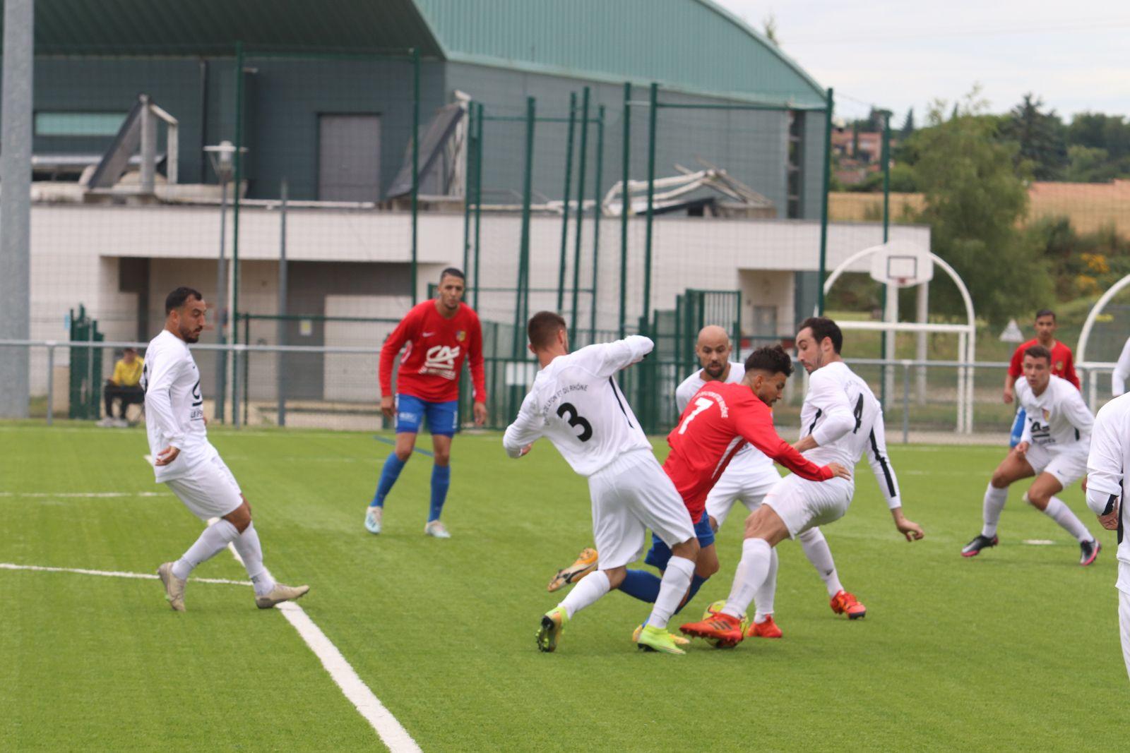 Les seniors de Vénissieux FC se sont qualifiés pour la demi-finale de la Coupe de Lyon et du Rhône