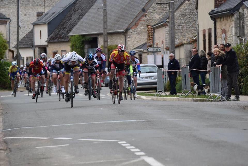 Album photos des courses UFOLEP 3 et GS de Berchères les Pierres
