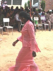Défilé de mode africaine effectué par les élèves du CTG .