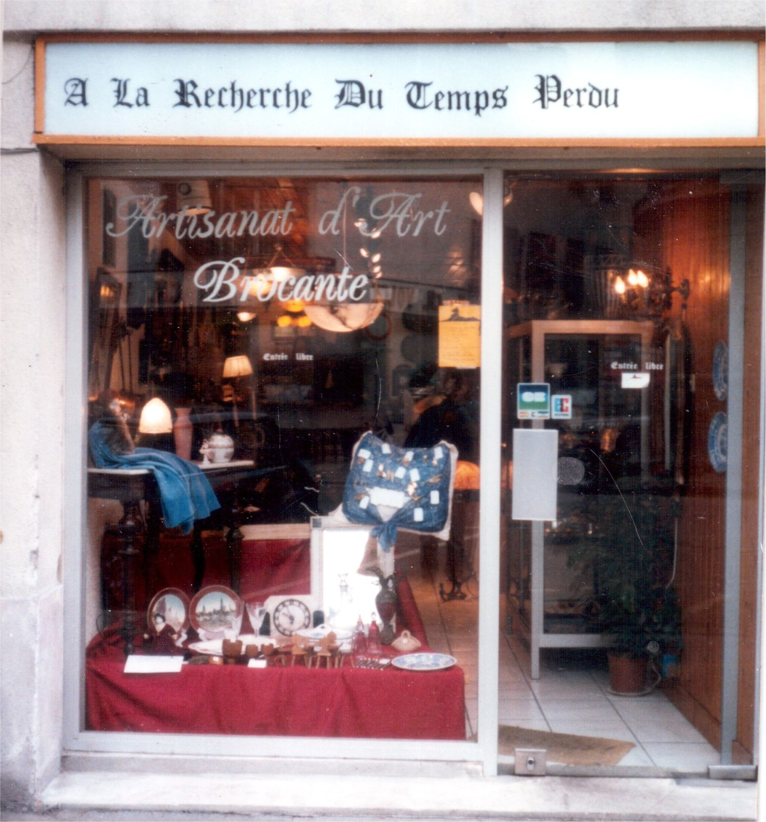 Souvenir of my french antiques export business