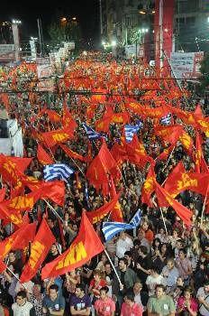 Les communistes grecs (KKE) continuent de progresser avec 8,5% des voix et 26 sièges et font leur meilleur score depuis 25 ans dans un paysage politique recomposé par le capital