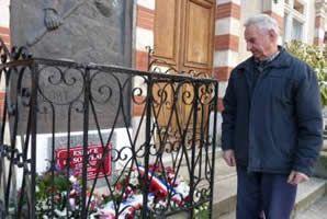 Durfort - Une plaque du souvenir pour les victimes de guerre