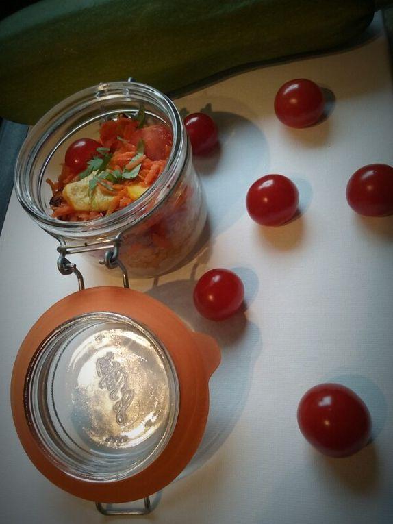 Salade de légumes croquants aux lentilles corail et houmous