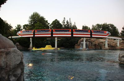 Le Monorail, Disneyland Resort (Californie)