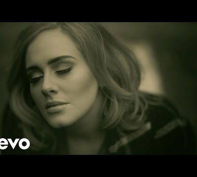 Adele: un milliard de vues sur YouTube en un temps record.