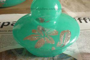 Vaso decorato con foglia argento