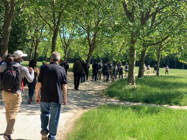 La marche en soutien des blessés de l'armée française.