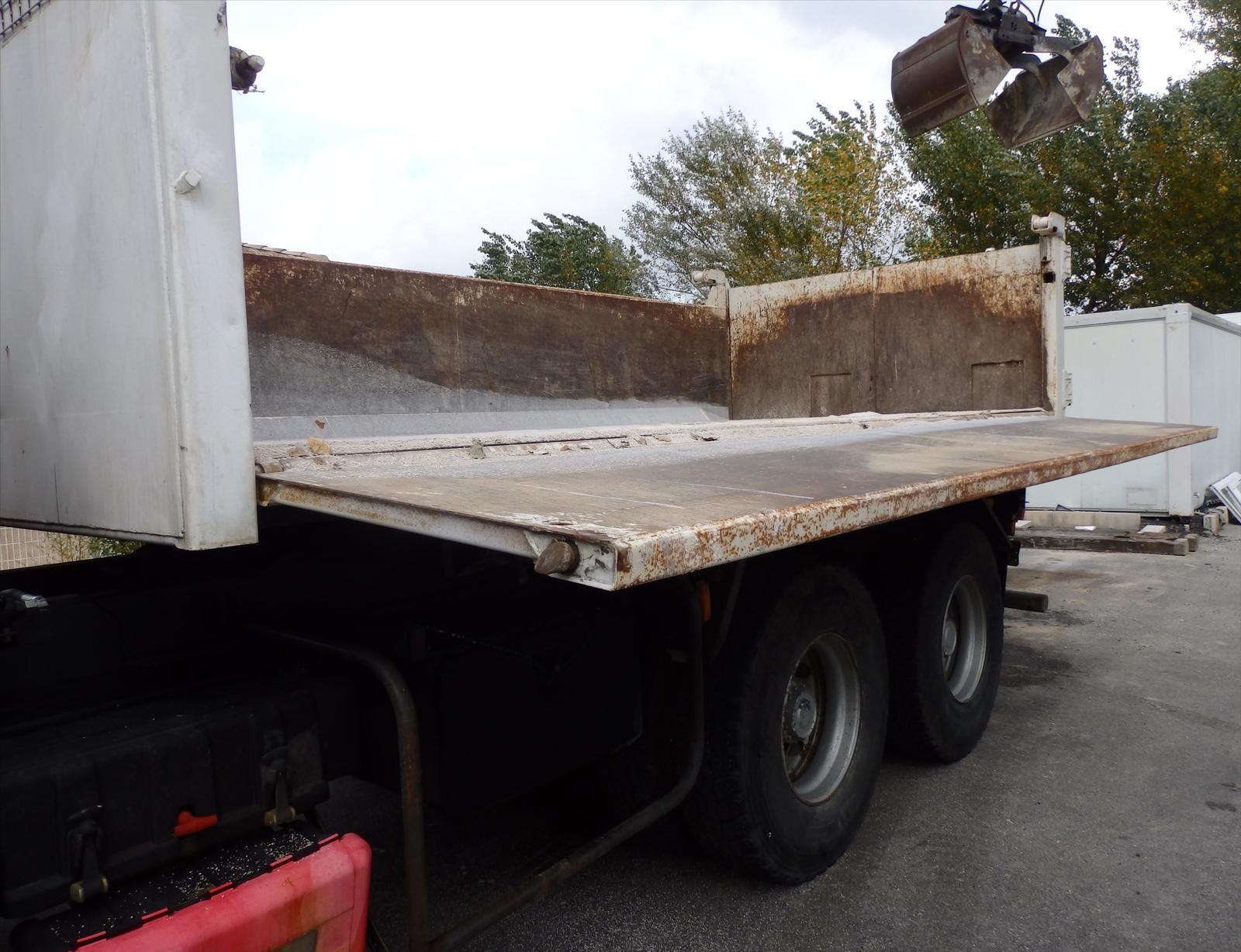 Camion RENAULT KERAX 420 DCI  6x4 Bi Benne Grue Tel : 0608066192 TRANSCOMM13 Pierre BASSAT