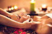 Formation en Massage Japonais du visage