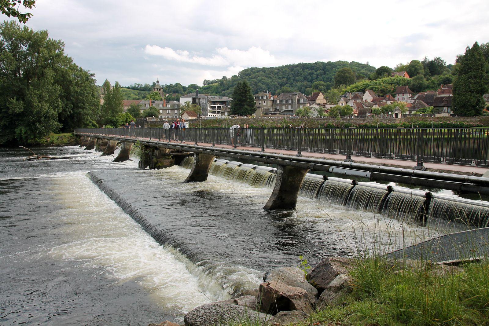 Glace à l'eau de vie de prunes - Balade à Beaulieu sur Dordogne
