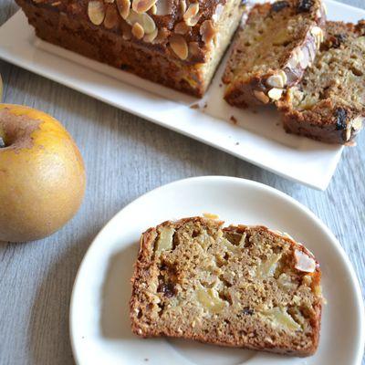 Cake pommes, amandes gingembre et raisins secs