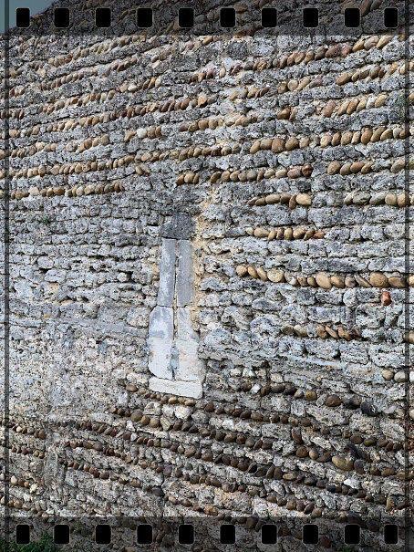 Diaporama fortifications et château de Roussillon