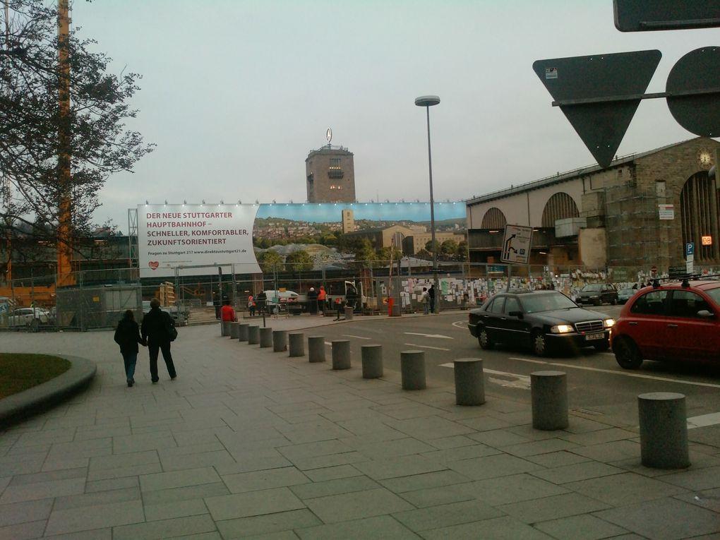Fotografiert an Bauzaun, Mahnwache und Schillerstr. unterhalb des Bahnhofs.