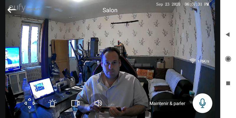 test de la caméra de vidéosurveillance motorisée et connectée - eufy Indoor Cam 2K Pan & Tilt @ Tests et Bons Plans