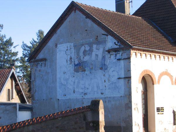 N7 restauration d'anciennes publicités murales