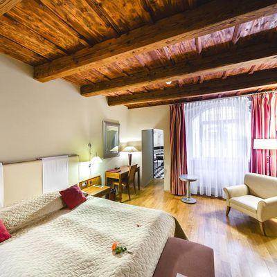 56€ - Prague - THE GOLDEN WHEEL BOUTIQUE HOTEL 4* - 3J/2N - Janvier/Février 2019