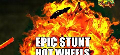 Une course de Hot Wheels folle folle folle !