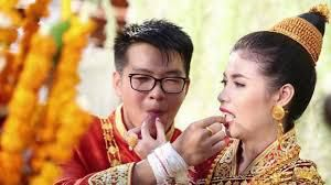 A wealthy Lao wedding in Vientiane