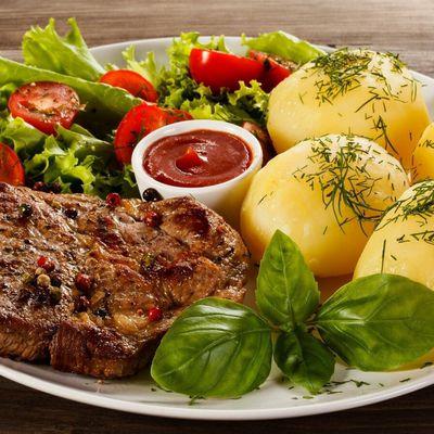 Bon appétit - Nourriture - Viande - Pommes de terre - Salade - Crudités - Photographie - Wallpaper - Free