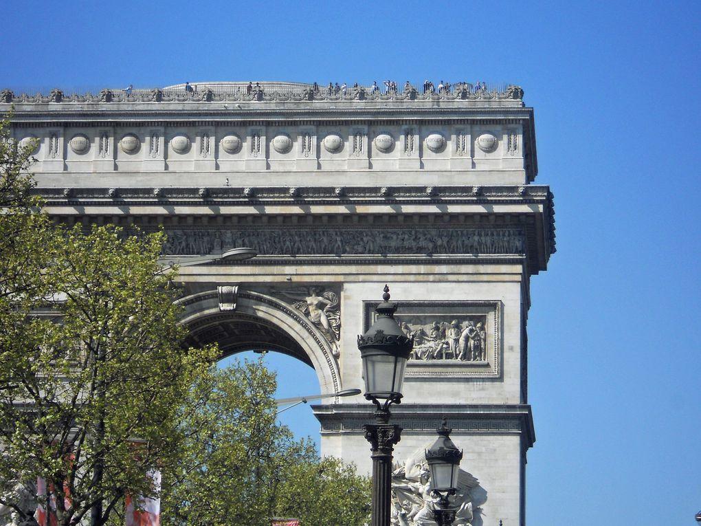 vue sur le canal St Martin place de la Bastille