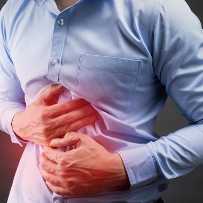 Losing weight and Abdominal Pain with Vomiting? This can be Peptic Ulcer: Let's read more!