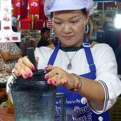 Visages de Thaïlande (19-02) - à Na Klua - Noy et Gilbert en Thaïlande