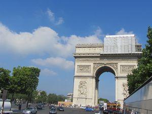 Arc de triomphe et l'Opéra