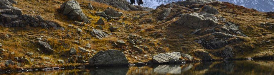 Randonnée en automne dans les Alpes, beautés à Chamonix, Mont-Blanc