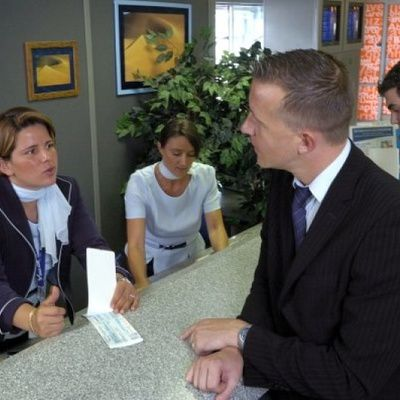 Agent d'escale : le guide complet (études, compétences, fonctions, salaire...)